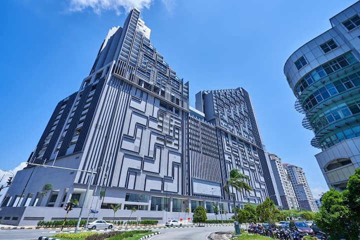 1BR Elegant Abode in Melaka Town-Steal Deal!