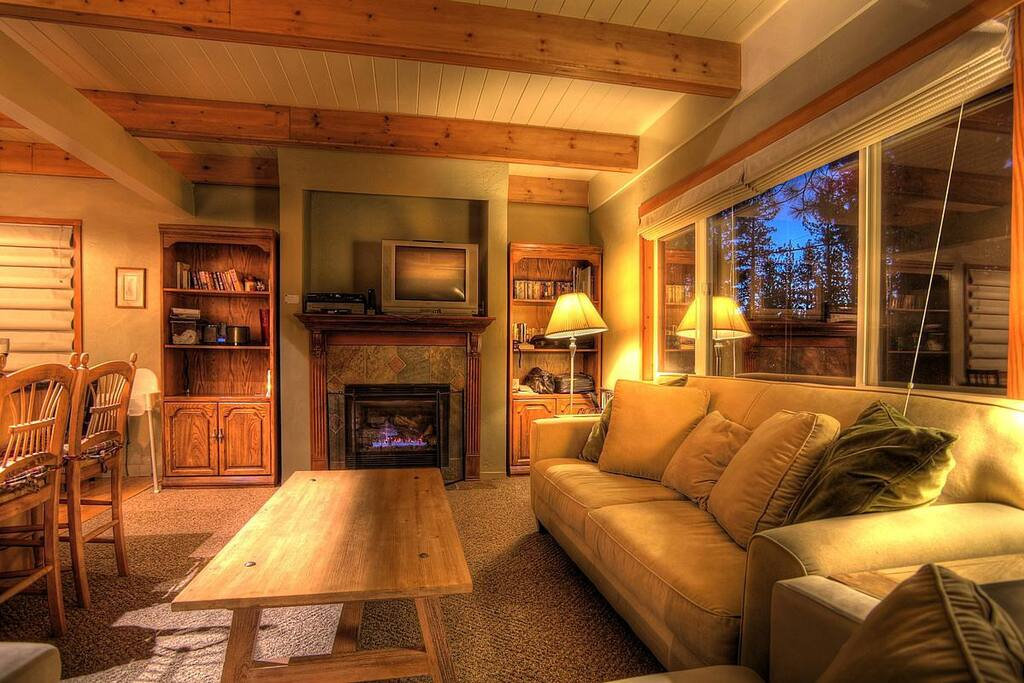 A cozy living room to hang out and enjoy the Tahoe evenings