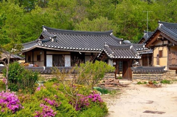 SuchoonJae; Traditional Korea House