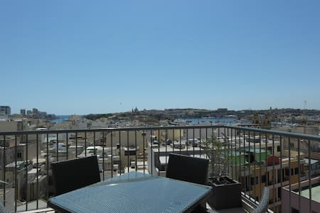 Apartment in the heart of Gzira - Gzira