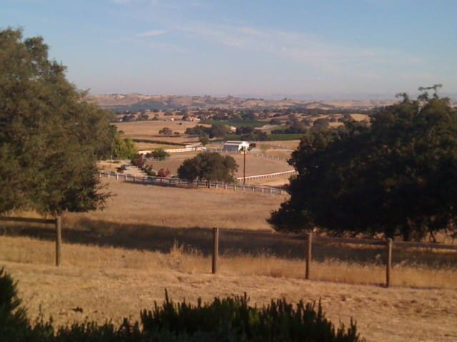 2 Bedroom Home on 16 Acres - Paso Robles - Casa