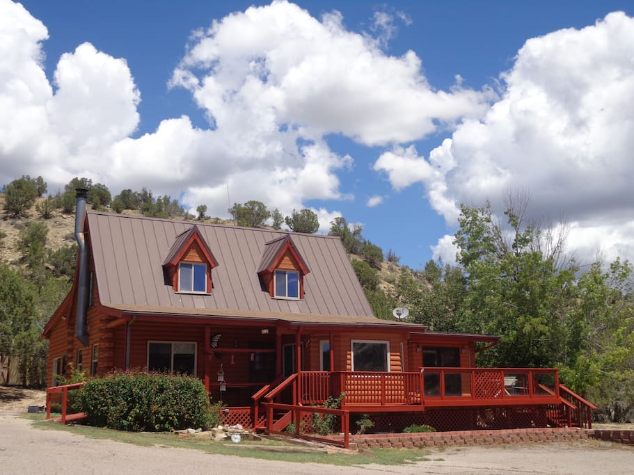 Zion vacation home cabins for rent in orderville utah for Vacation rentals near zion national park