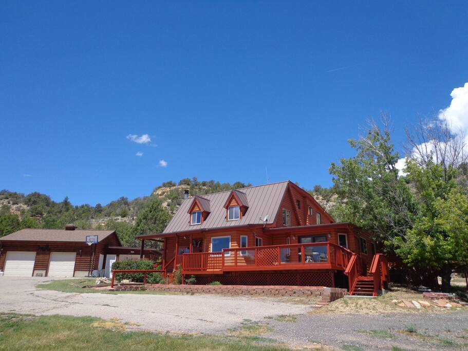 Zion vacation home cabins for rent in orderville utah for Cabins for rent in zion national park