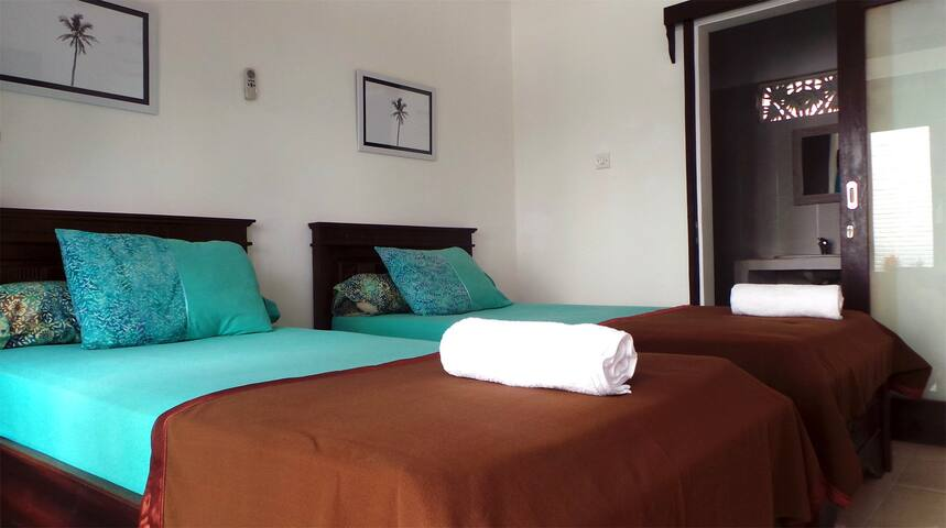 Villa Sari: Medewi Surf Retreat (Twin Single Room)