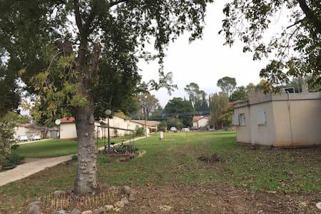"""Kibbutz Kfar Blum,private apartment  """"Quiet_Life"""" - Kfar Blum - Vendégház"""