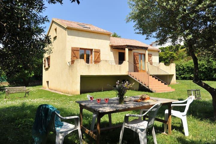 Très belle villa avec jardin dans le Cap Corse - Pietracorbara - Rumah