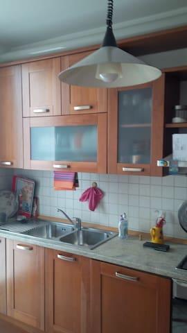Appartamento arredato uso foresti  - Vedano Olona  - Leilighet