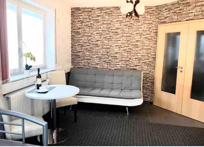 3. Zimmer Apartment-85m² :: 3. Room Apartment-85m²
