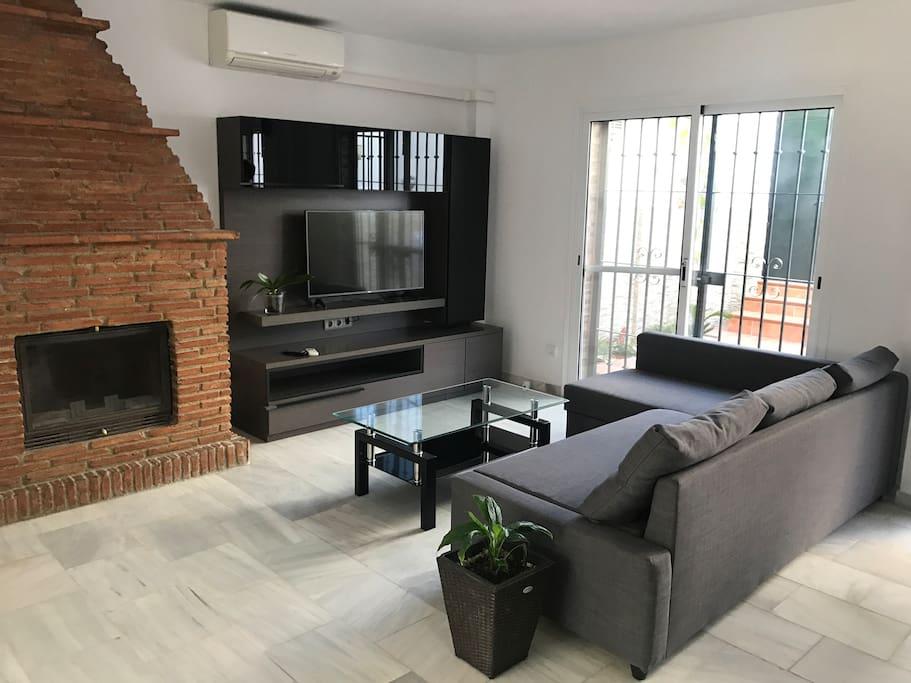 Living Room-Salón