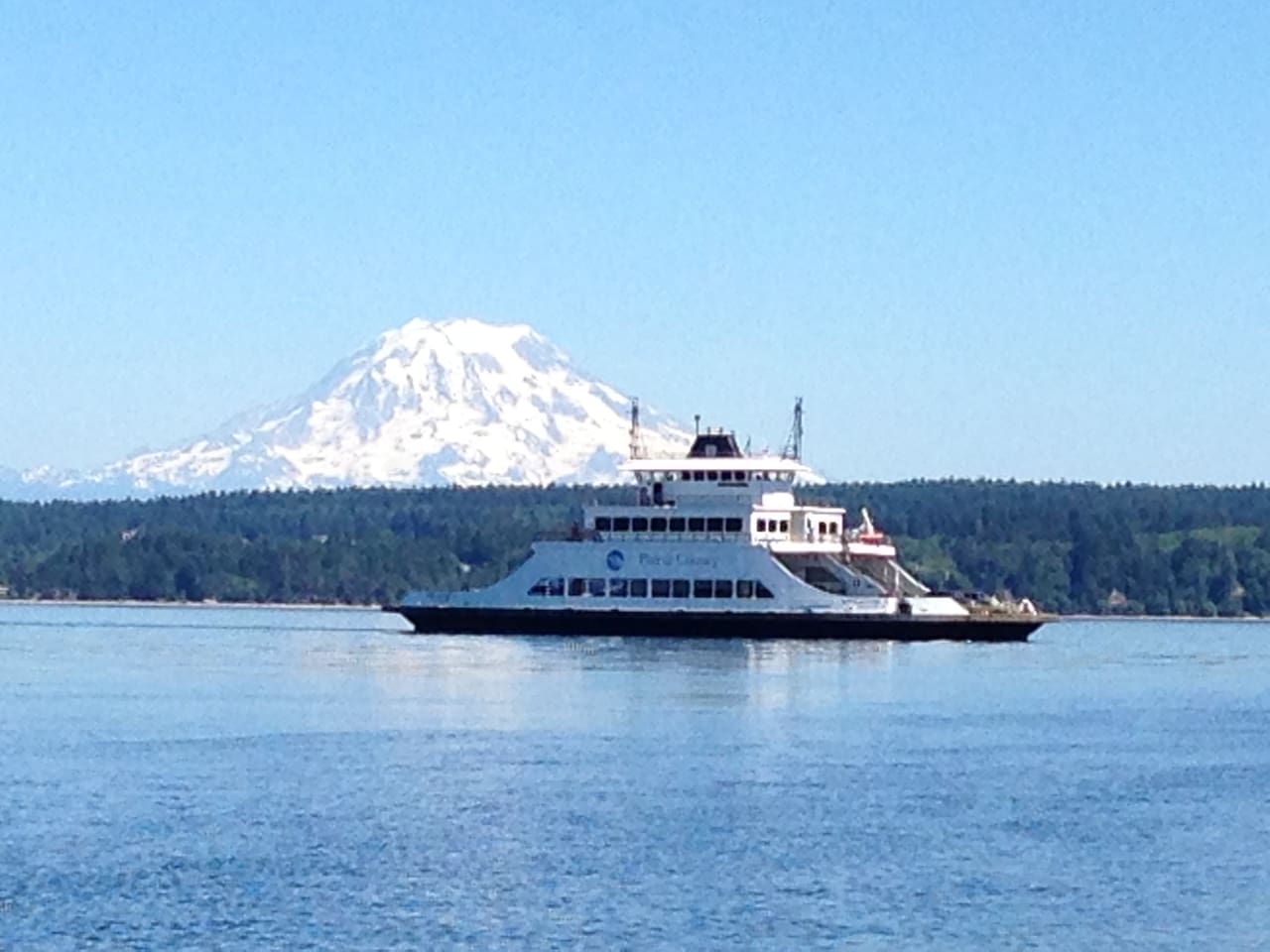 A scenic twenty minute ferry boat ride from historical Steilacoom brings you to Anderson Island.