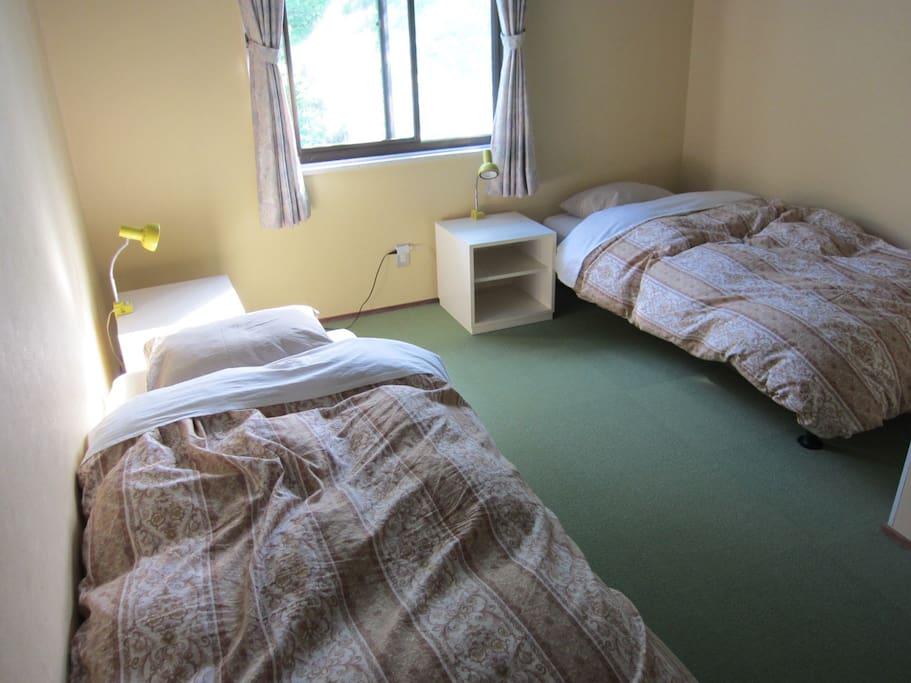 シンプルなお部屋です。(お部屋は一例です)| guest room