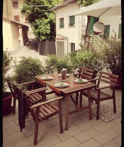 Casa Galline, cosy Boheme apartment - Benedello - Wohnung