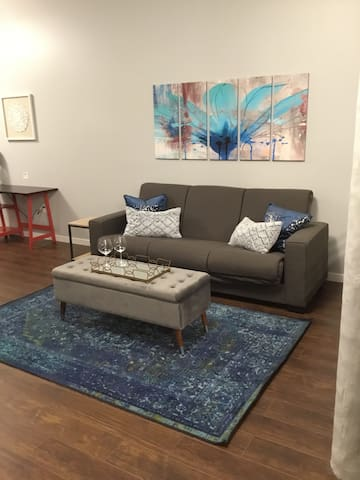 NEW *2BR 2BA LOFT DOWNTOWN KC IN HISTORIC BUILDING