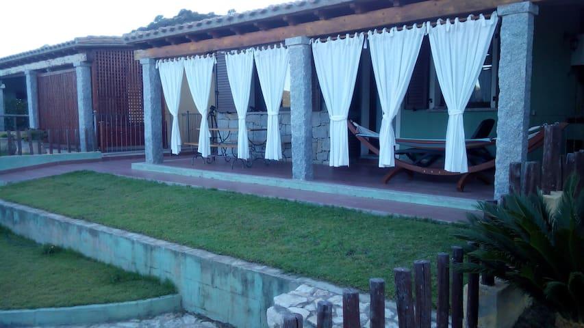 Accogliente villetta  - Villasimius - Casa de campo
