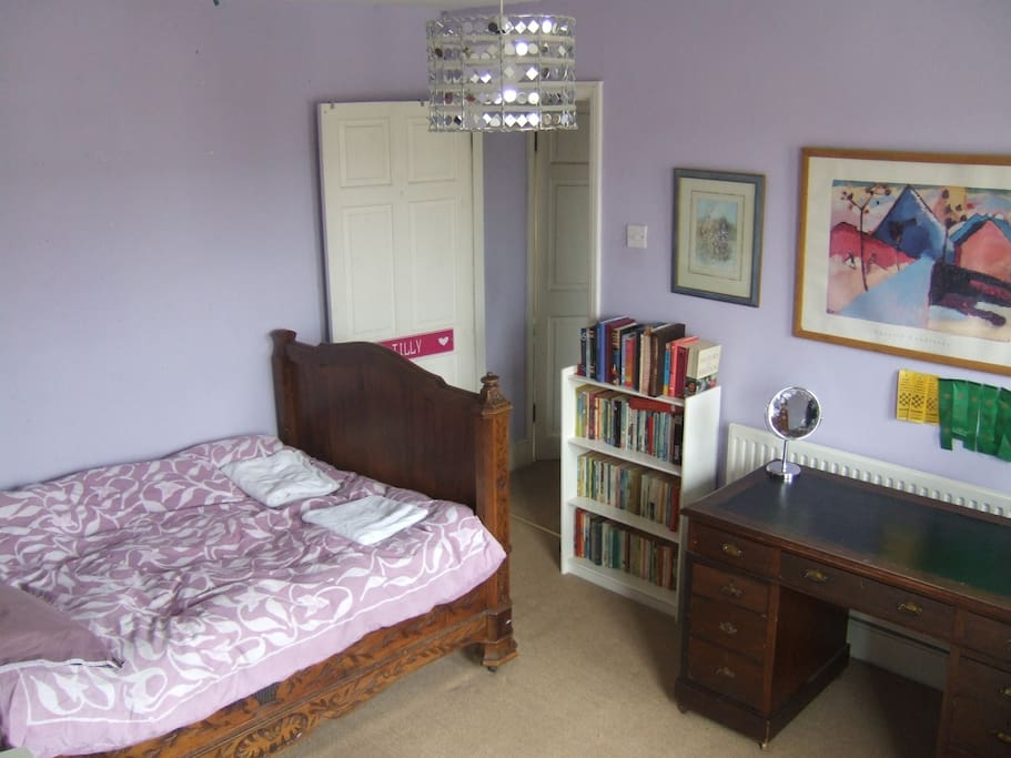 Spacious double bedroom with 2