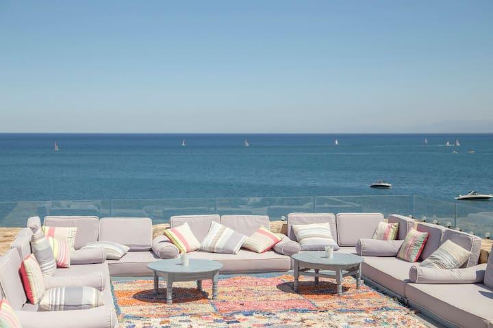 Villa Paradis sur la Méditerranée