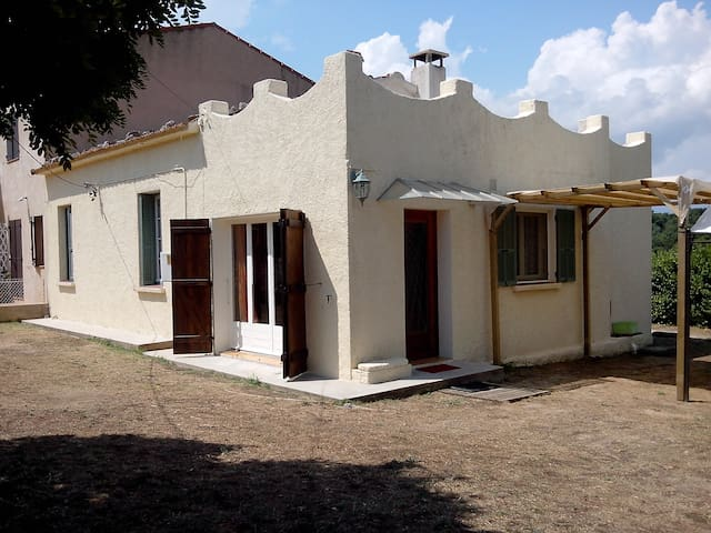 Villa de 80 m2 près de PortoVecchio - Sotta - Vila