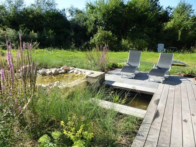 Gîte au calme et son très beau parc - Cernay-la-ville