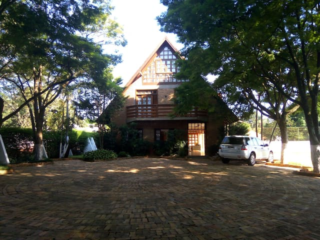 UpFront Club Refuge - Perfect Town&Country - Foz do Iguaçu - Houten huisje