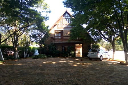 UpFront Club Refuge - Perfect Town&Country - Foz do Iguaçu - กระท่อม