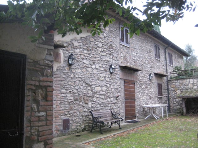 Wonderful Farmhouse in Tuscia!! - Orte - Vila