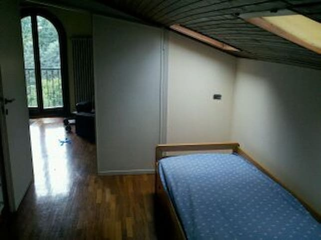camera 1/2 posti letto - Missaglia - Casa