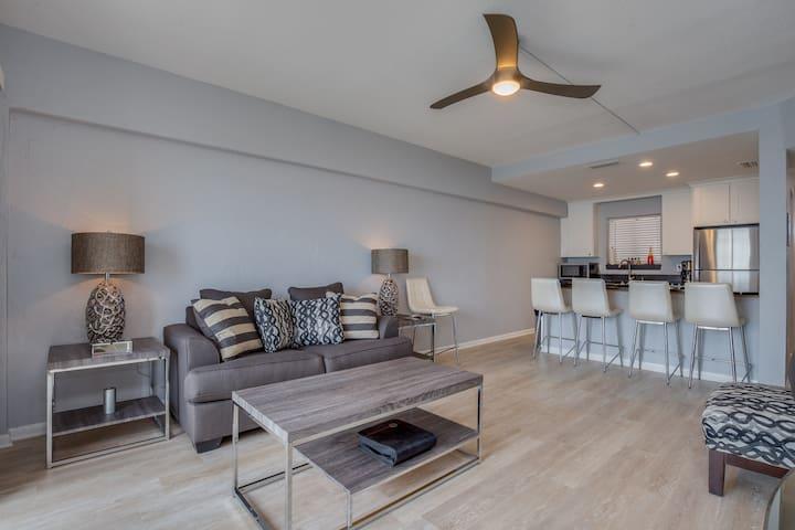 REMODELED OCEANFRONT PARADISE - Jacksonville Beach - Apartmen