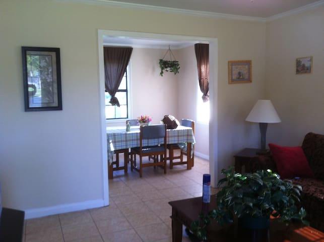 Pinecone Biloxi Beach Rentals - Biloxi - House