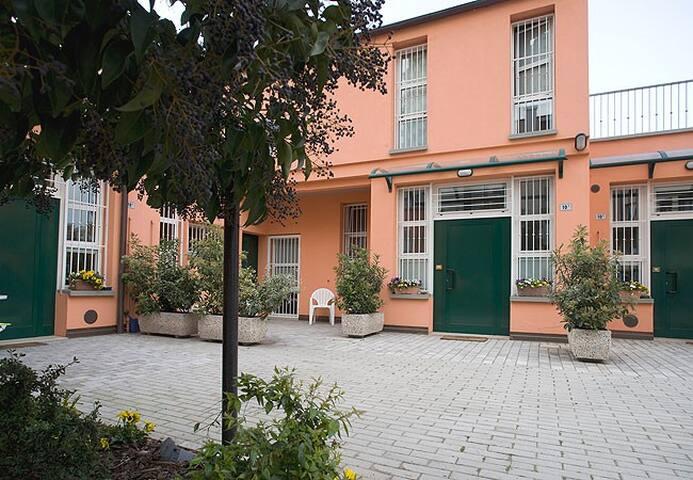 DUPLEX BOLOGNA CENTRE-FAIR - WI-FI - โบโลญญา - อพาร์ทเมนท์