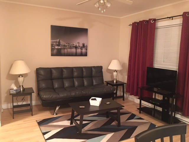 Complete 1 Bedroom Apartment  2 beds