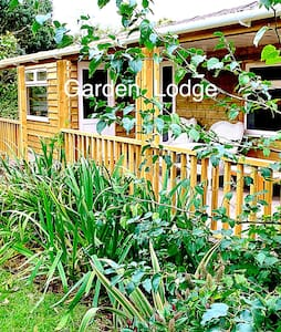 Garden Lodge double - March