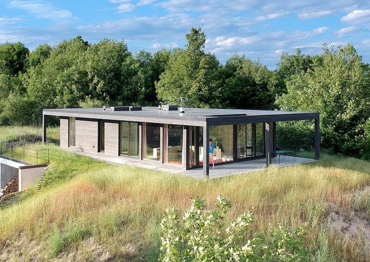 Seeblick Haus -  Modern Cabin with Water Views