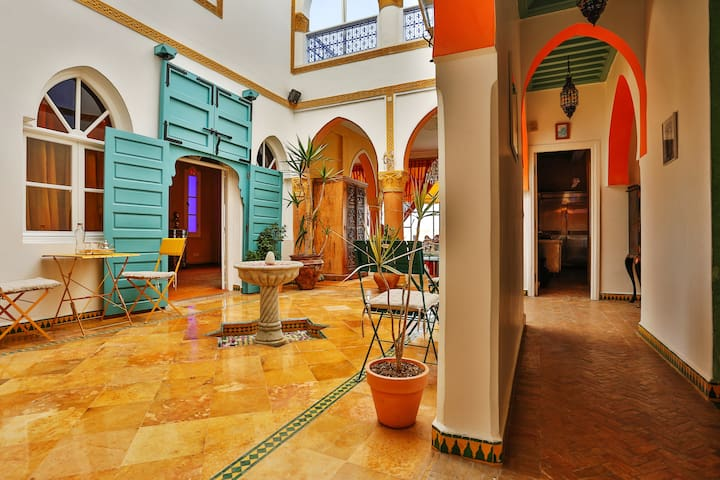 Dar Kbira, chambres privées dans maison d'hôtes
