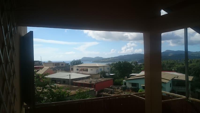 Grand T5 avec vue sur le lagon sur les hauteurs - Tsingoni - Appartamento
