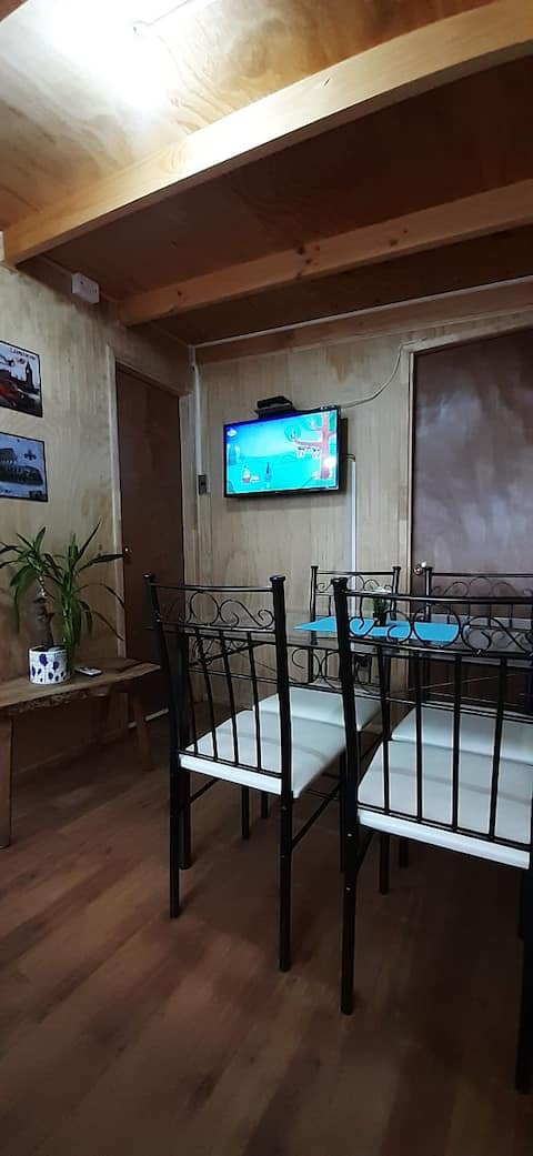 Cabin 15 minutes away from airport