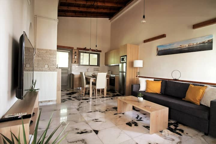 Minas House II | Luxury Home at center of Chania