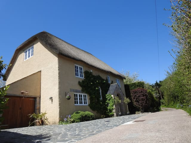 5 star accommodation next to beautiful village Inn