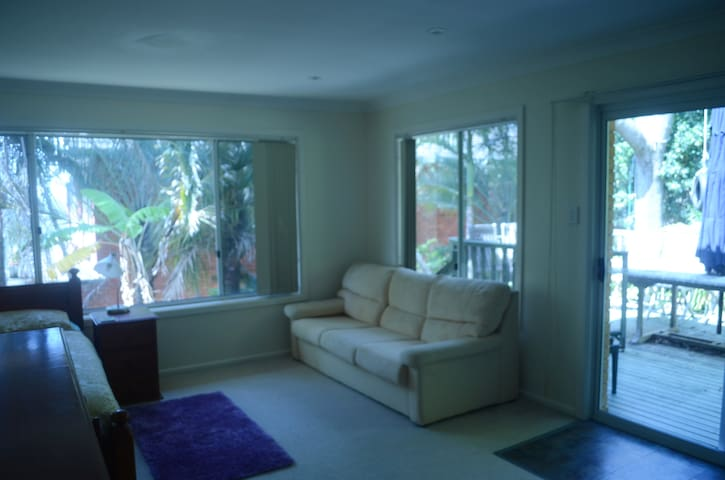 Self contained unit that sleeps four - Beacon Hill - Casa