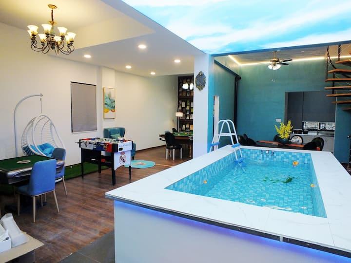美式乡村泳池壁炉度假别墅(西栅景区口200米处,新房八折,车可开到门口,麻将台球桌球,超大客厅)