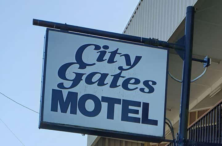 City Gates Motel