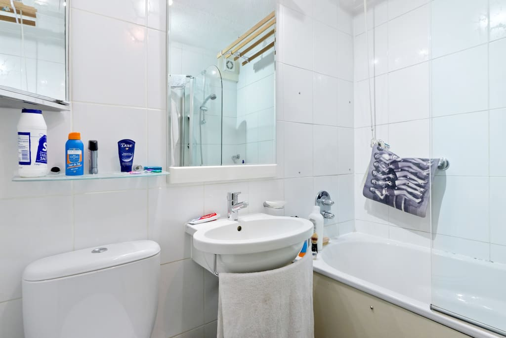 There is a powerful shower, hot tub and heated towel rail. The bedroom and bathroom are adjacent.