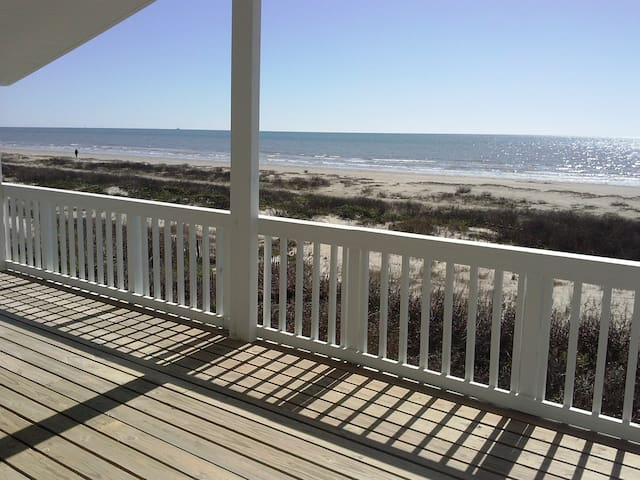 Beautiful beachfront home!! - Galveston - Haus