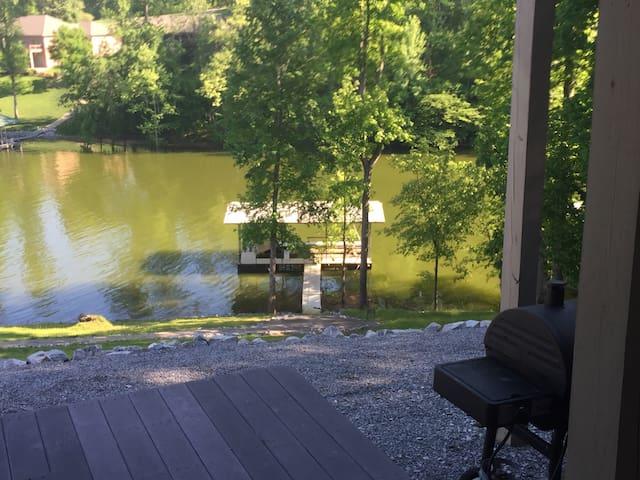 Lake Barkley Retreat
