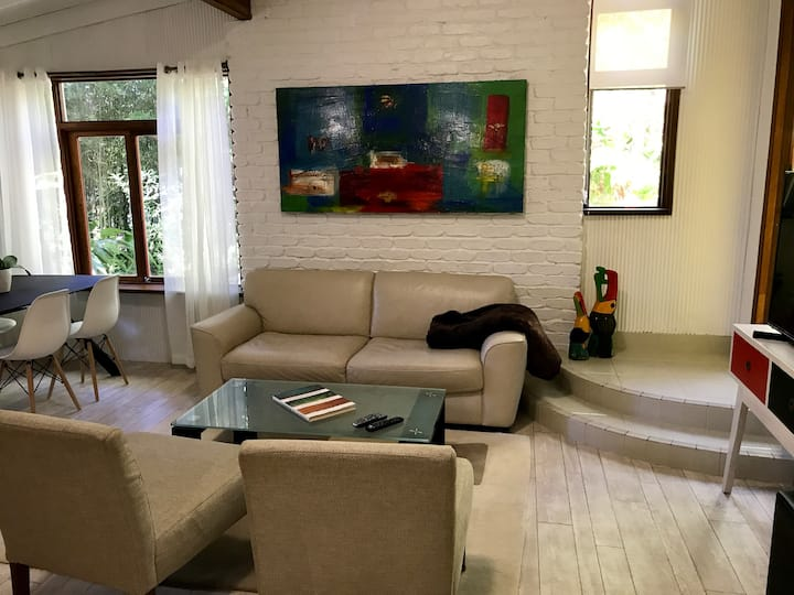 Private Cottage in Doonan, Noosa