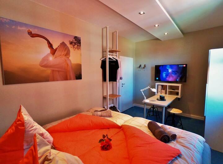 Doppelzimmer - Luxus Appartement mit BoxSpringBett