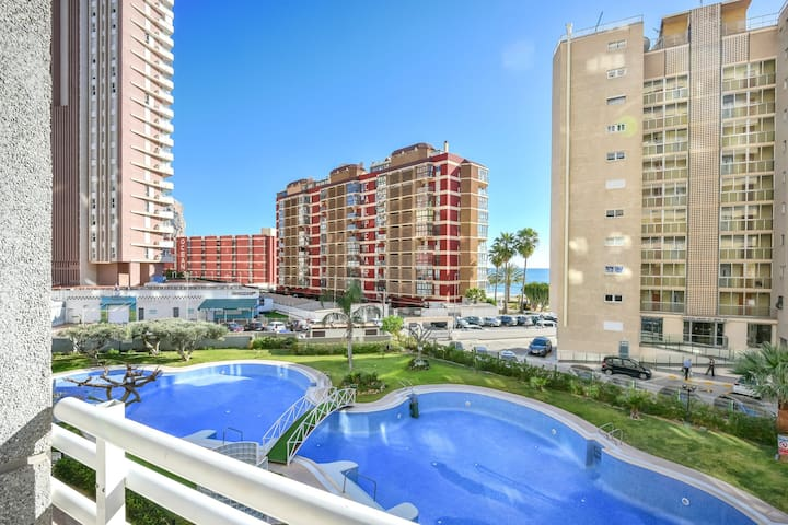 Flats Friends Apolo XIV with pool views