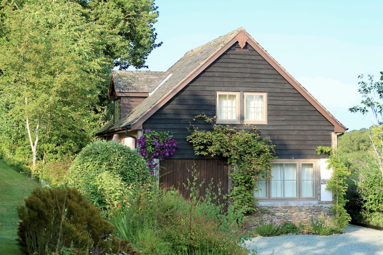 Llys Hendy Cottage
