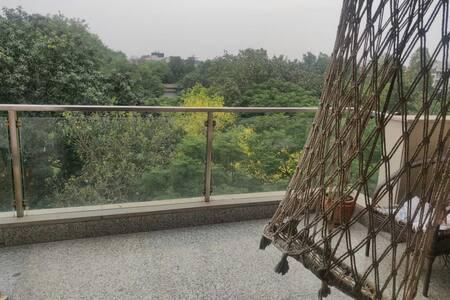 Calm & Cosy place in Ashok Vihar