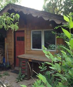 BEST Guest Cottage Near Chautauqua! - Boulder - Bungalow