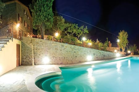 Holiday Home in Tuscany hill Arezzo